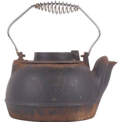 How to Care for a Cast Iron Kettle Humidifier