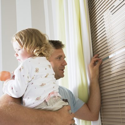 A Decorator's Rule of Thumb for the Color of Window Blinds With White Molding