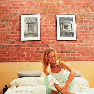 How to Distress an Interior Brick Wall