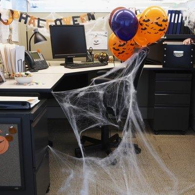 How to Make Cobweb Decorations