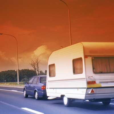Aluminum Siding Vs. Fiberglass Siding on Travel Trailers