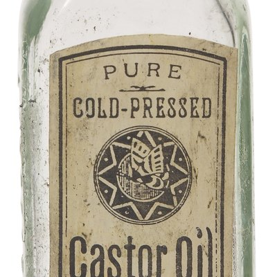 How to Clean Castor Oil From Laundry