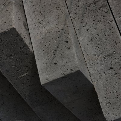 The Sand to Mortar Ratio to Lay Concrete Blocks