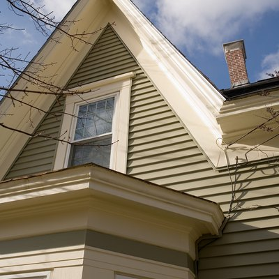 How to Paint the Eaves of a Two-Story House