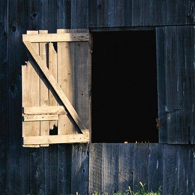 How to Build a Z-Brace Door