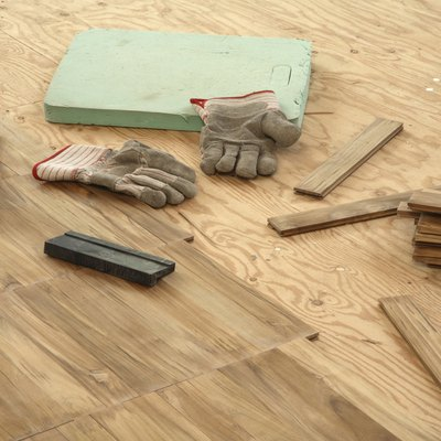 How to Install a Luan Subfloor