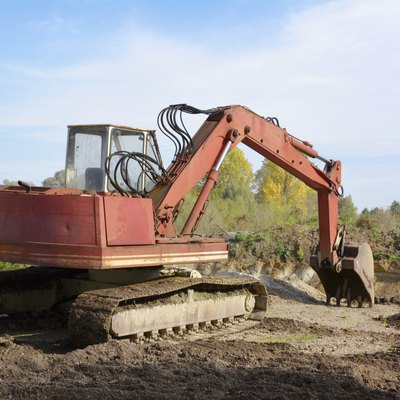 What Is the Difference Between Excavating & Trenching?