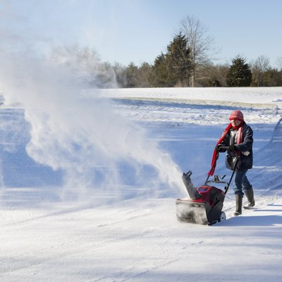 How to Change the Oil in a Craftsman Snowblower
