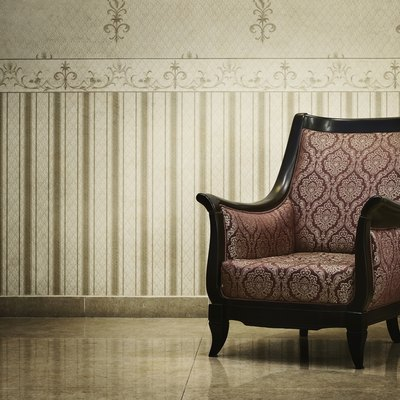 Difference Between Traditional & Contemporary Furniture