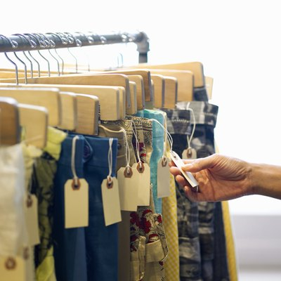 How to Build a Temporary Clothing Rack