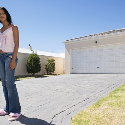 How to Measure the Slope of a Driveway