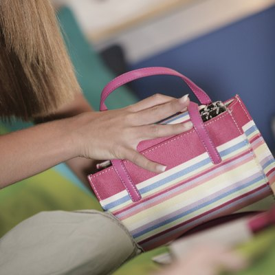 How to Get a Fabric Dye Stain Off a Purse