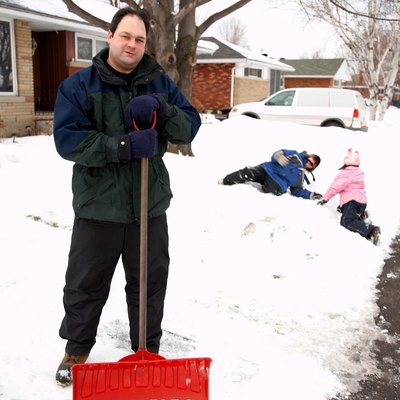 How to Melt Snow on a Driveway Without Shoveling