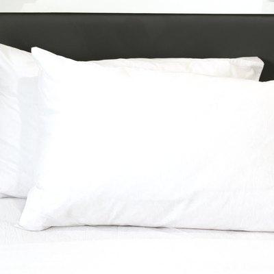 Standard vs. Queen Pillow Dimensions