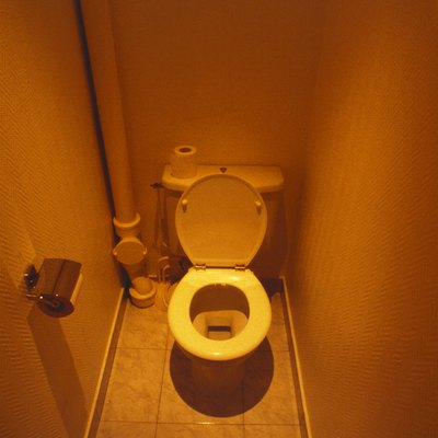 How to Get Rid of Iron Stains From Well Water in the Toilet