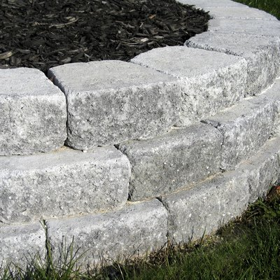 How to Build Raised Beds With Pavers