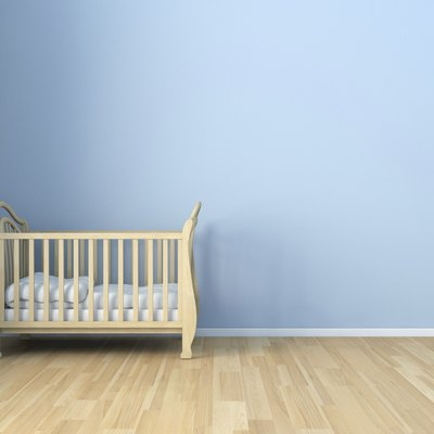 How to Get Rid of Lacquer Smells on a New Crib