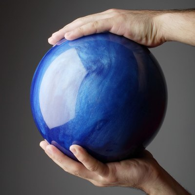 Bowling Ball Decorating Ideas for the Yard
