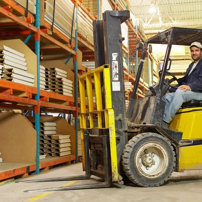 How to Adjust the Speed on Crown Forklifts