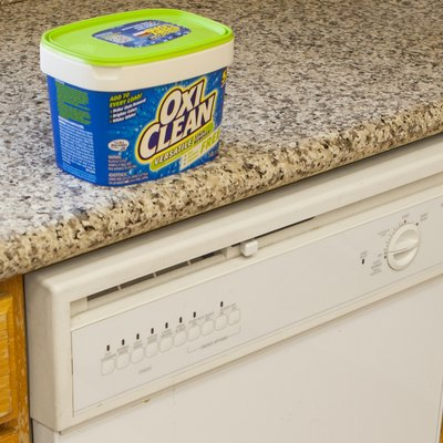 How to Use OxiClean as a Dishwasher Soap