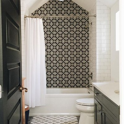 9 Tile Ideas for Small Bathrooms