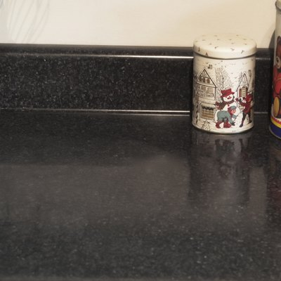 Removing Hard Water Stains From a Quartz Countertop