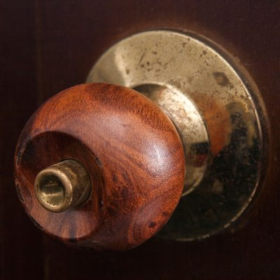 How to Remove a Door Knob With Hidden Screws