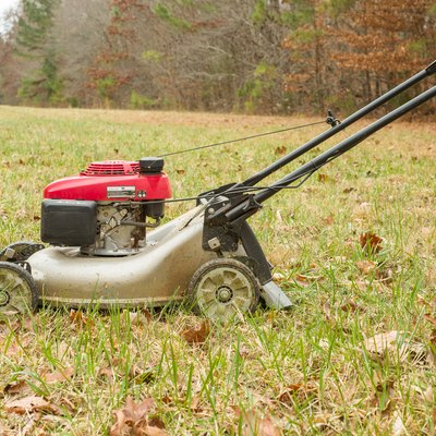 How to Troubleshoot Surging Lawn Mower Engines