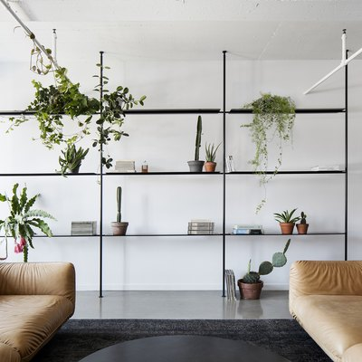 This Crash Pad for Creatives Is All About Minimalism