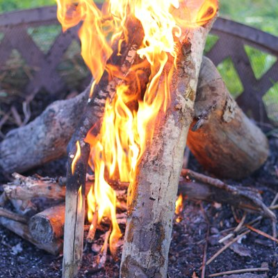 How to Start a Fire in a Fire Pit