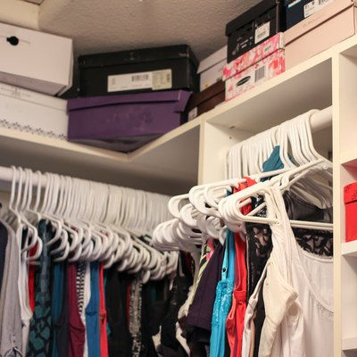 The Proper Shelf Height for Closets