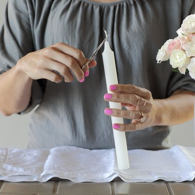 How to Trim a Candle Wick