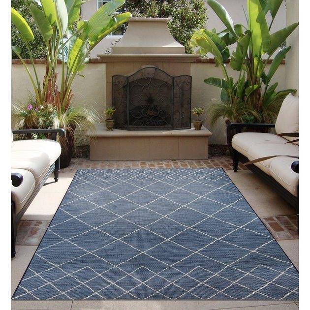 blue outdoor rug
