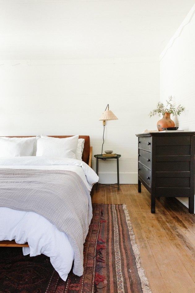 desert themed bedroom with terra cotta accessories