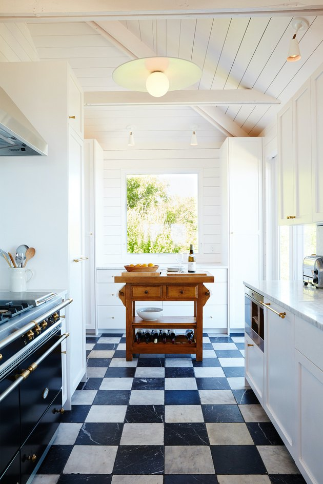 Black and White Checkerboard Kitchen Floor in Montauk