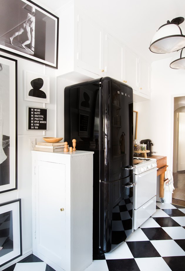 Black and White Checkerboard Kitchen Floor