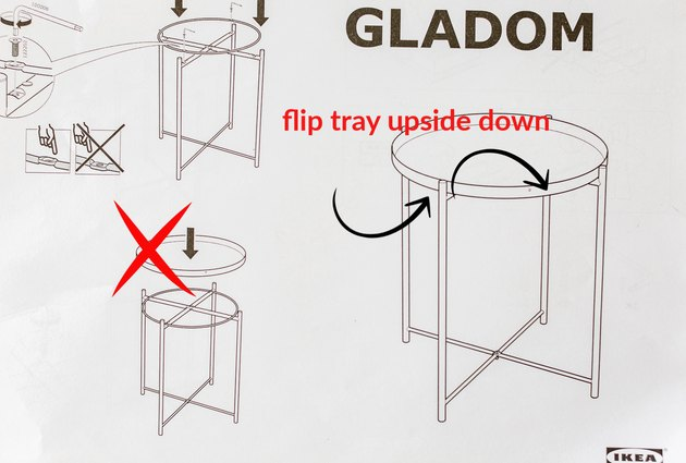 Position of tray