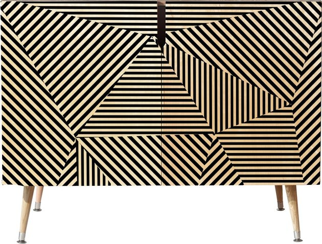geometric stripe accent chest