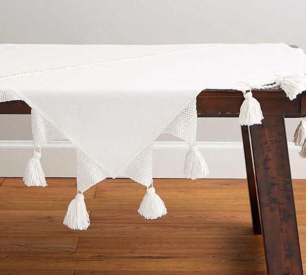 macrame table cloth