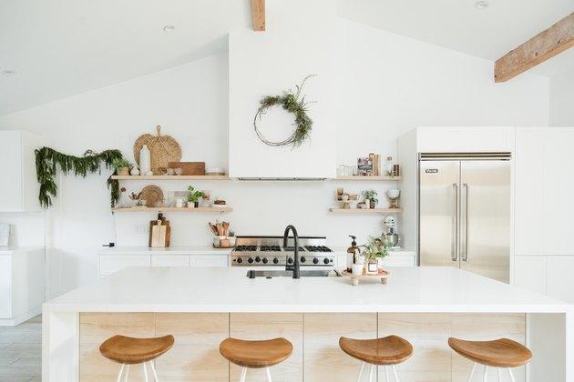modern farmhouse with white kitchen cabinet ideas