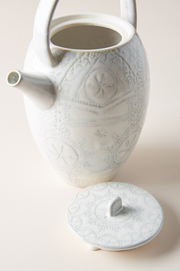 textured white teapot