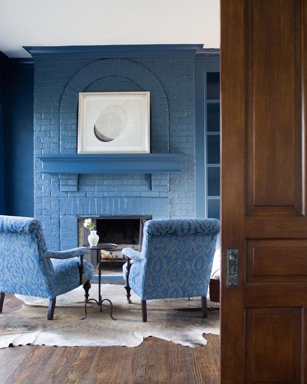 blue tone-on-tone living room