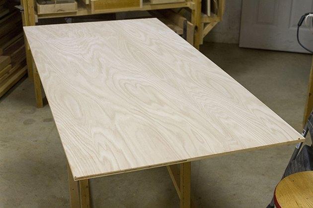 Comment faire une tête de lit en bois peint Mod