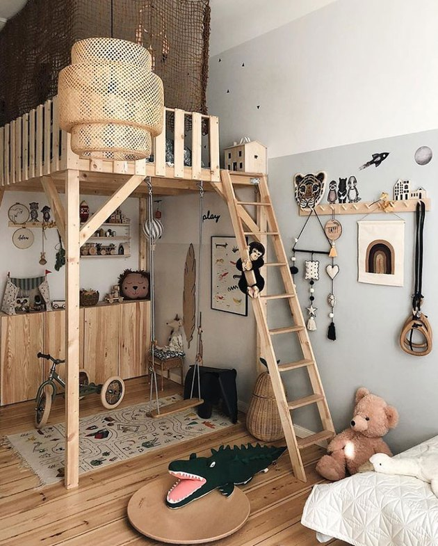 Scandinavian kids bedroom idea with IKEA rattan pendant in Scandinavian kids room