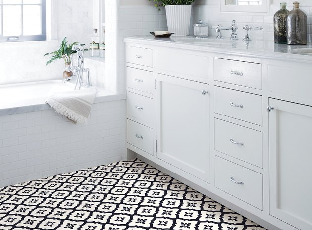 Peel-and-stick vinyl flooring in a bathroom