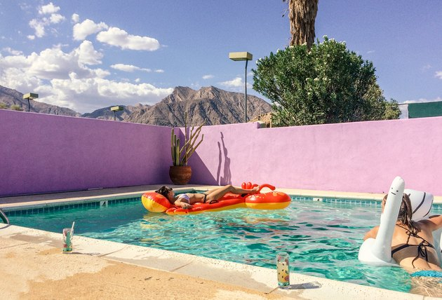 piscine avec flotteurs de piscine