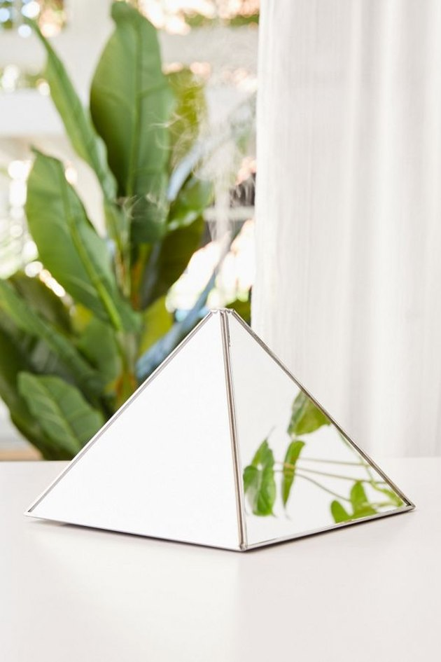 mirror pyramid oil diffuser