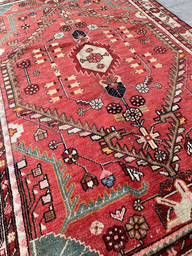 red patterned rug