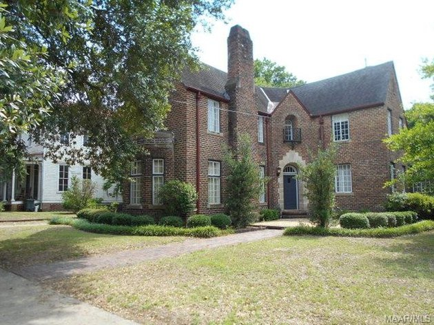 Brick home for sale in Selma