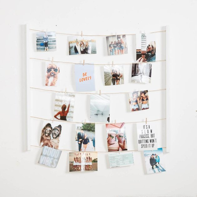 teen bedroom idea with cable system to display photographs